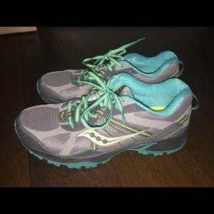Women's Saucony Excursion TR7 Shoes Size 10
